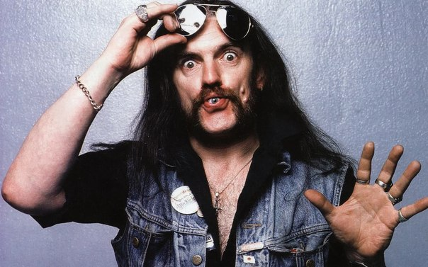 Motorhead Getting Hammered With Lemmy And Sparing No