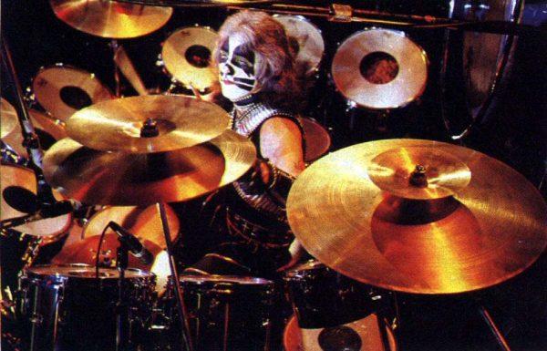 peter-criss-live-drums